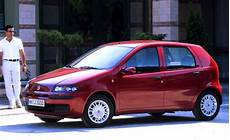 fiat punto 2001 italy 2001 fiat punto leads ford focus up to 2 best