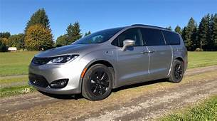 2020 Chrysler Pacifica Hybrid Review Simply The Best