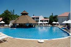 lombok blue blue bay villas doradas in puerto plata dominican republic bluebay villas doradas hotel s pool bar puerto plata do