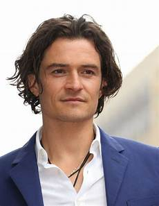 2020 trends 6 trendy wavy hairstyles for men pouted