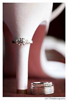 love this for wedding rings perfect for your georgia