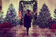 Melania Decorations by Melania Unveils White House Decorations