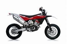 husqvarna 511 smr 2012 husqvarna smr 511 review motorcycles specification