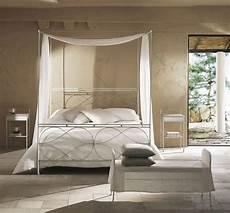 letti baldacchino moderni letto singolo a baldacchino con saldature levigate a mano