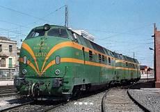 Traccion Diesel Espa 241 Ola Tren Antiguo Tren De Pasajeros