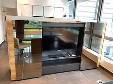 tv schrank schiebetür regale und sideboards front in echtholz hochglanz tv