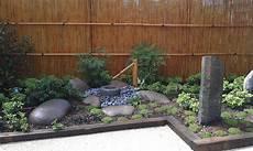 petit jardin zen japonais jardin japonais zen terrasse en bois