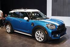 Mini Country - 2017 mini cooper countryman pushes the compact envelope