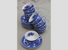 vintage Japan blue willow china teacups for 8, tea party