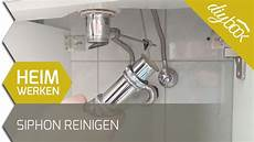 waschbecken rohr reinigen waschbecken abmontieren