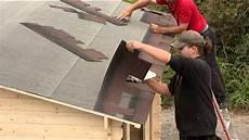 dachdecken mit dachpappe verlegung dachschindeln karibu gartenh 228 user