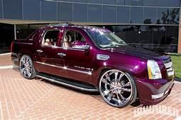 2007 Cadillac Escalade EXT Front Fascia Photo 2  Ridez