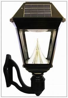 solar wall light bright 300 lumen outdoor coach lantern gama sonic solar wall lights