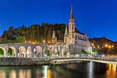 lourdes web a guide to the sacred of lourdes