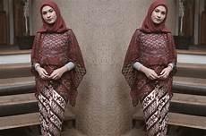 Tren Gaya 27 Yang Cocok Untuk Kebaya Warna Jilbab