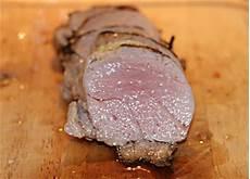 schweinefilet im ofen garen schweinefilet im backofen leckeres schweinefilet rezept