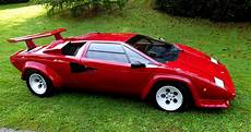 Lamborghini Countach Pictures