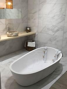freistehende badewanne groß freihstehende badewanne sind der wunsch vieler kunden