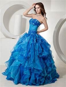 Pour Choisir Une Robe Robe De Mariee Bleu Roi