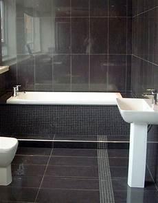10 Gorgeous Bathrooms With Black Tile
