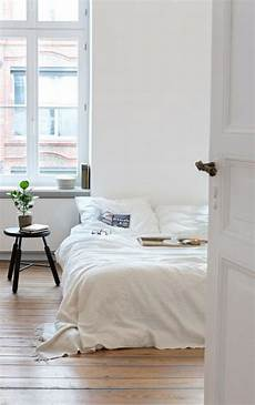 Minimal Home Decor Ideas by Minimalist Decor Tips For Your Rental Home Modernize