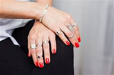 rings meaning what does each finger symbolize