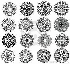 Mandala Klein - design mandala vector illustration small mandala design