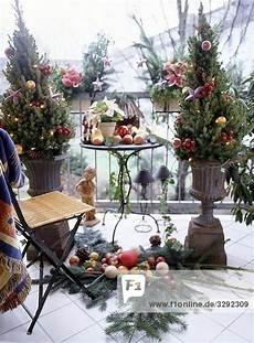 Weihnachtsdeko Für Den Balkon - weihnachtlich dekorierter balkon 21364 emotive