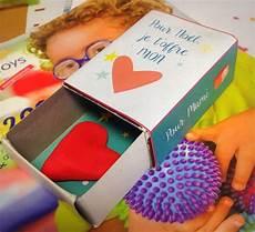 cadeau anniversaire mamie a fabriquer 89456 cadeaux cr 233 atifs pour mamie et papi
