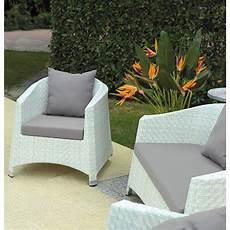 divanetti in vimini da esterno set giardino in vimini bianco marmo san marco
