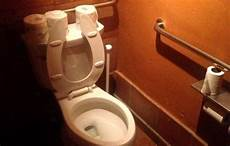 Bathroom Toilet Backup by New Reviews Restaurant Bathrooms Along With Food
