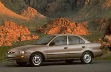 how things work cars 1995 geo prizm user handbook 1995 geo prizm pricing reviews ratings kelley blue book