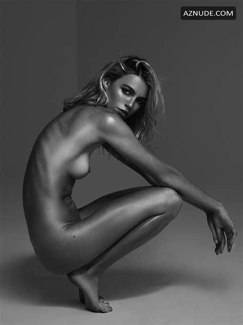 Ana Montana Nude