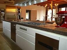 top cucina marmo prezzi top cucina ceramica piano cucina in marmo
