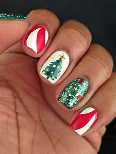 cool christmas tree nail designs