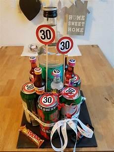 birthday geschenk 30 geburtstag biertorte