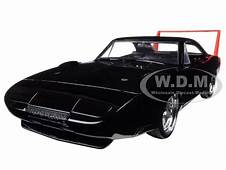 1969 DODGE CHARGER DAYTONA BLACK 1/24 DIECAST MODEL CAR BY