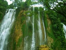 Air Terjun Grojogan Sewu Pemandangan Alam Favorit Saat
