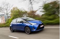 Essai Toyota Yaris Hydride 2017 Conduisez La Avec Des