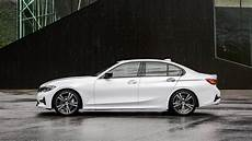 2019 Bmw 3 Series Debuts In With Bigger And