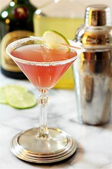 the perfect cosmopolitan a classic cocktail creative