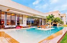 combien coute une villa marrakech luxury villa rentals with pool staff