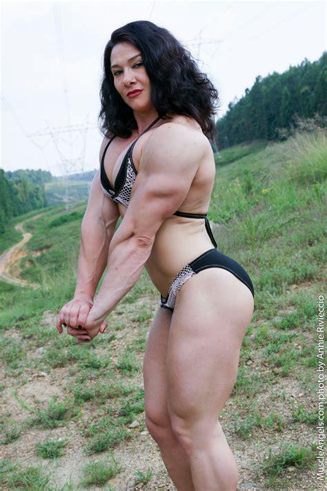 Alina Popa