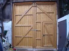 garage aus holz selber bauen bildergebnis f 252 r garagen schiebetor holz selber bauen in