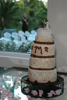 wedding cabaret cake wrecks wedding cakes gone wrong