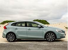 Volvo V40 D3 Momentum 2016 Review Cars Co Za