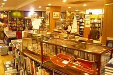 libreria mare roma bookstore guide libreria il mare rome