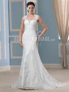 col en coeur robe de mari 233 e avec bretelle en dentelle dos