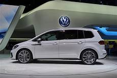 2016 volkswagen touran r line package launched in germany
