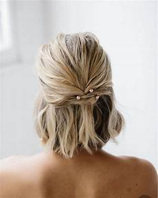 thousands of ideas about short hair 2015 30 perfect new year s eve short hairstyles to ring in 2020 short wedding hair bride